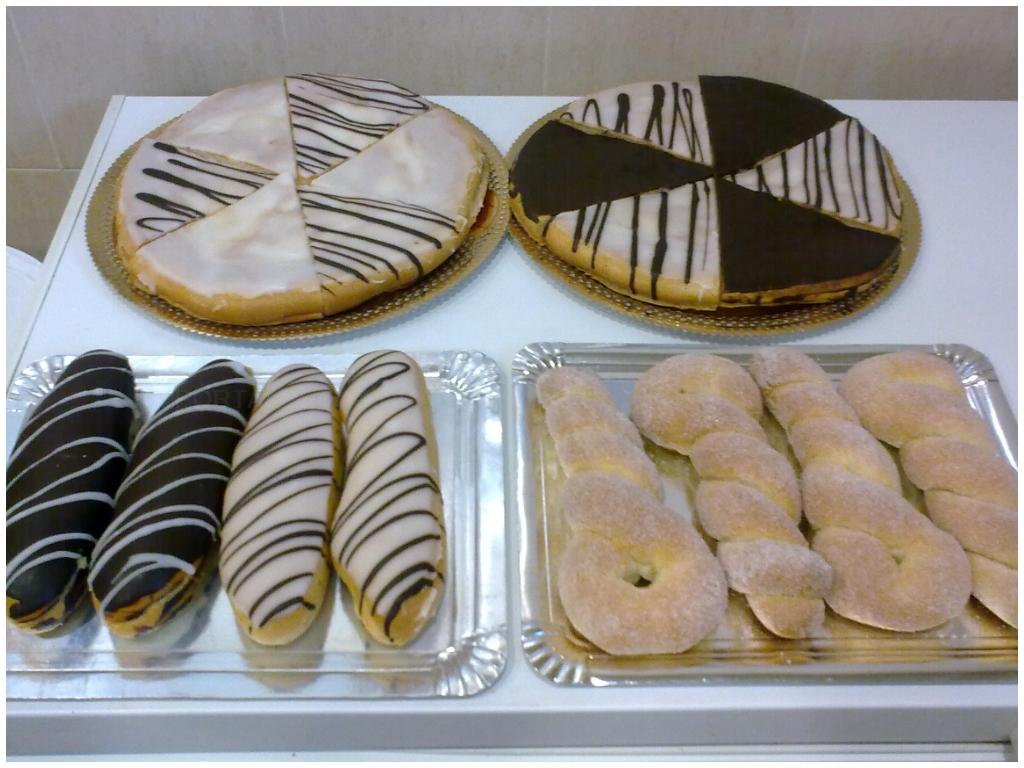 bizcochos en salobreña, pasteles en motril, pasteles en almuñecar, bollos en salobreña,