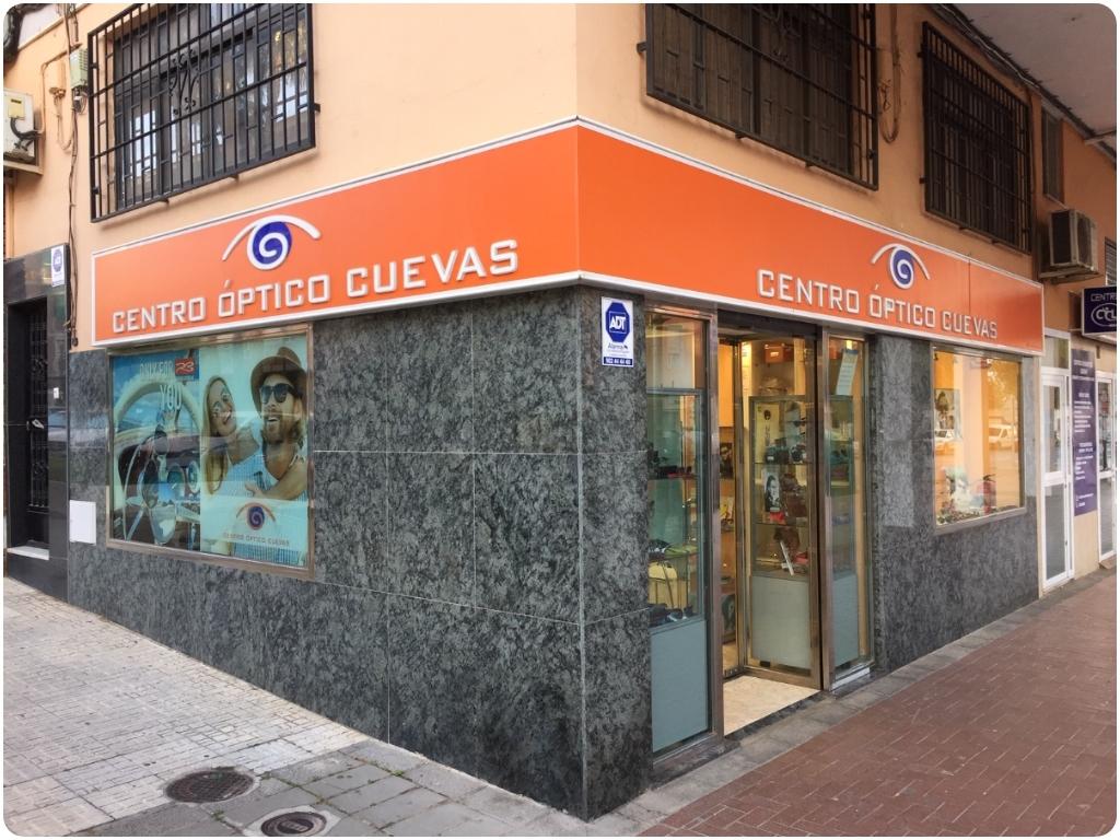 CENTRO ÓPTICO CUEVAS