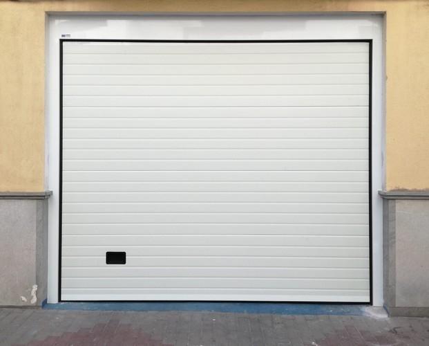 puertas residenciales en motril, puertas residenciales en salobreña, puertas residenciales motril,