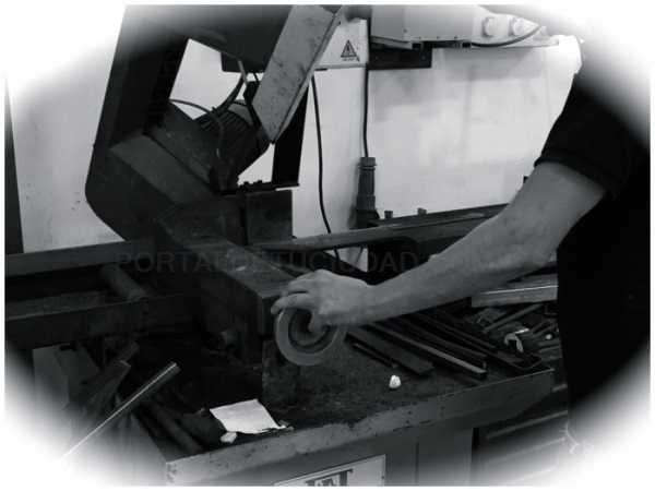 carpinteria metalica en motril, carpinteria metalica motril, carpinteria metalica en torrenueva,