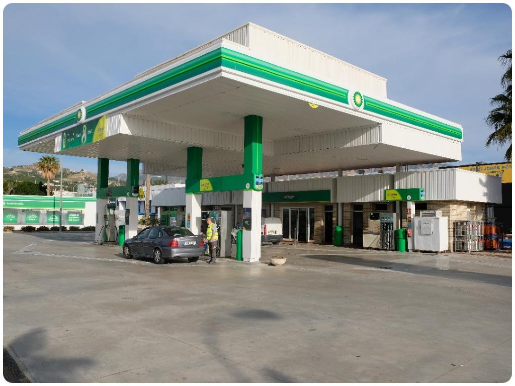 gasolineras bp en salobreña, gasolineras en almuñecar, estaciones de servicio en motril,