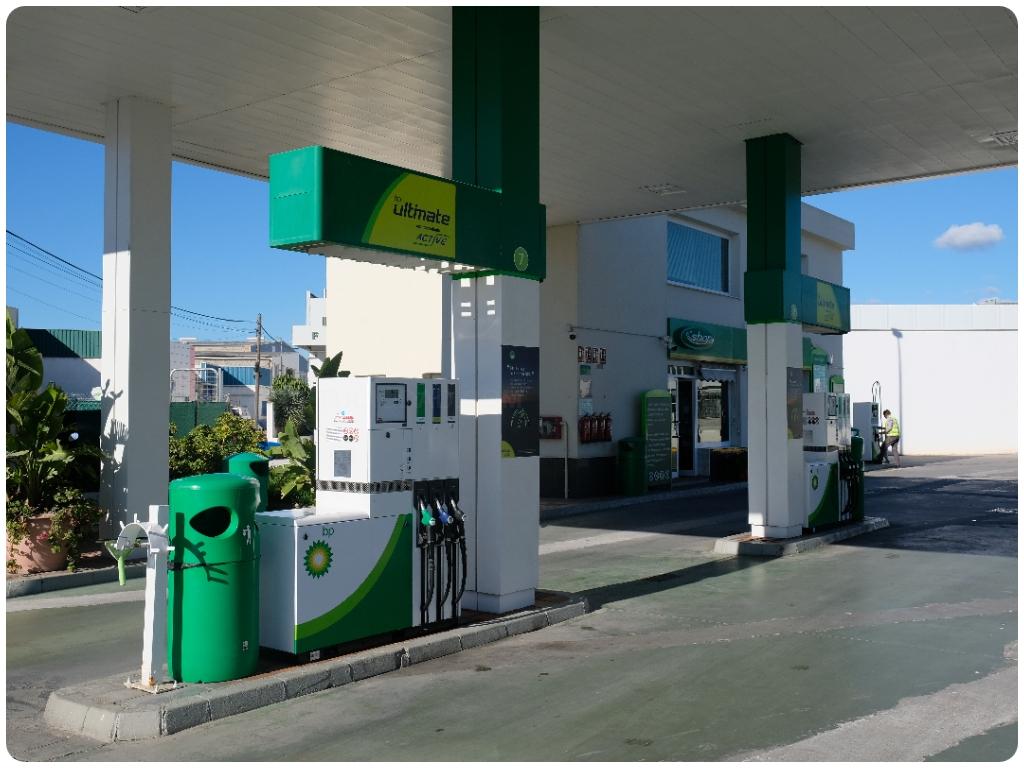 estaciones de servicio en carchuna, estaciones de servicio en calahonda, gasolineras en torrenueva,