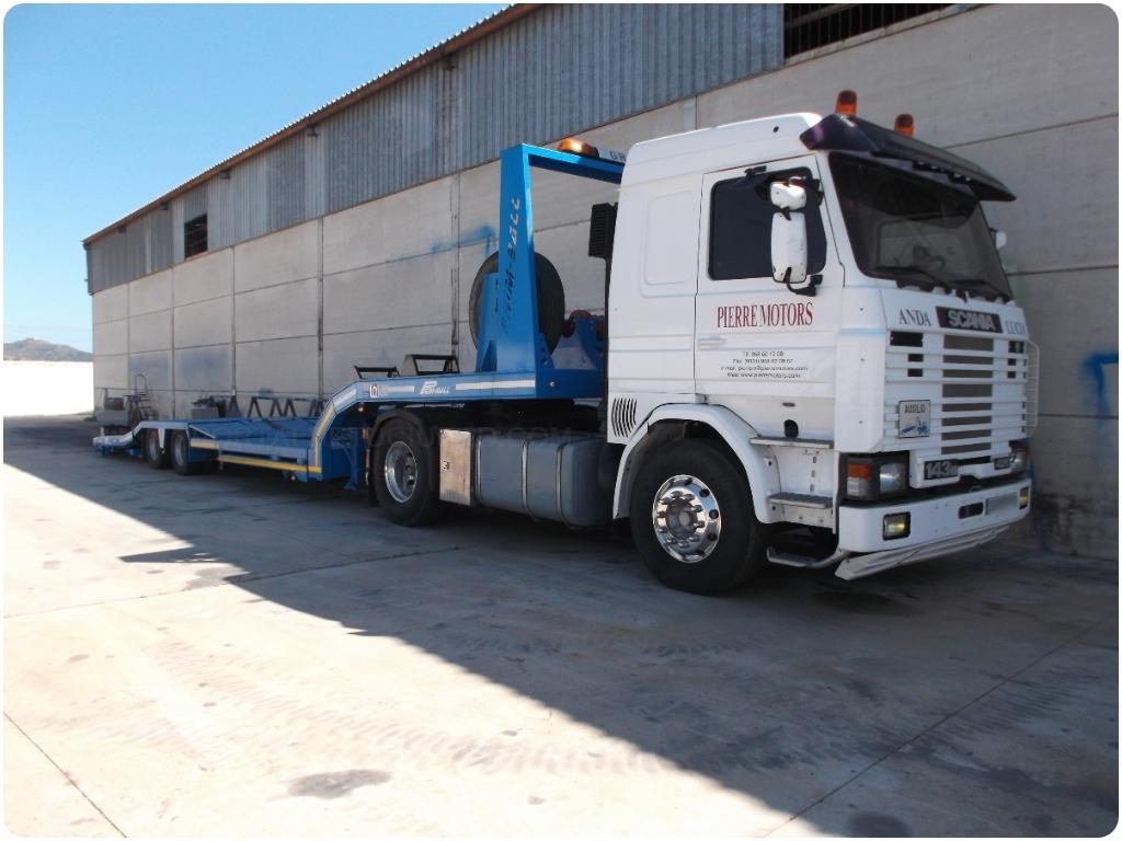 transporte de camiones, transporte de autobuses, transporte de trailers