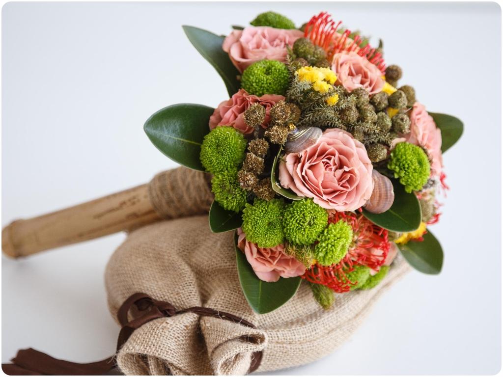 bodas civiles en almuñecar, arcos florales en almuñecar, ramos nupciales en almuñecar,