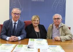 La Asociación de Comerciantes del Centro Comercial Abierto de Motril entrega los novenos premios Torre del Azúcar
