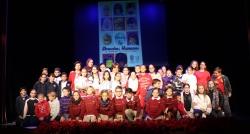 Niños y niñas de Primaria celebran el Día de los Derechos Humanos con la lectura de los artículos de la Declaración Universal en el Teatro Calderón