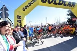 La Vuelta a Andalucía sale desde Otura dirección Jaén