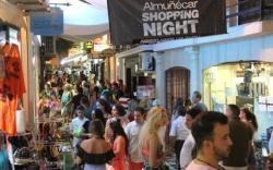 Almuñécar animará ese sábado su comercio con la celebración de la segunda Shopping Night