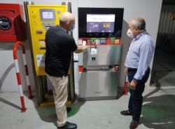 Almuñécar mejora los aparcamientos de San Cristóbal y Velilla dotándolos de nuevos cajeros para el pago con tarjeta de crédito