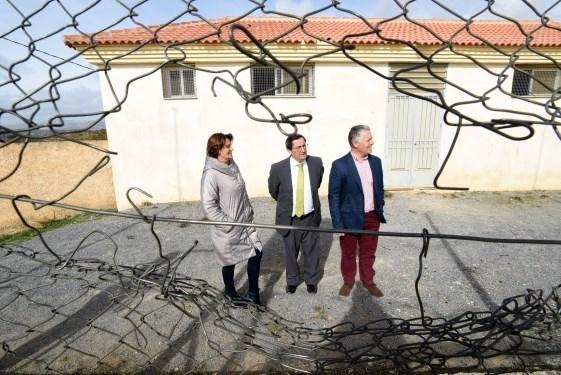 Diputación destina más de 46.000 euros para pavimentar la calle Alhambra de Cortes y Graena