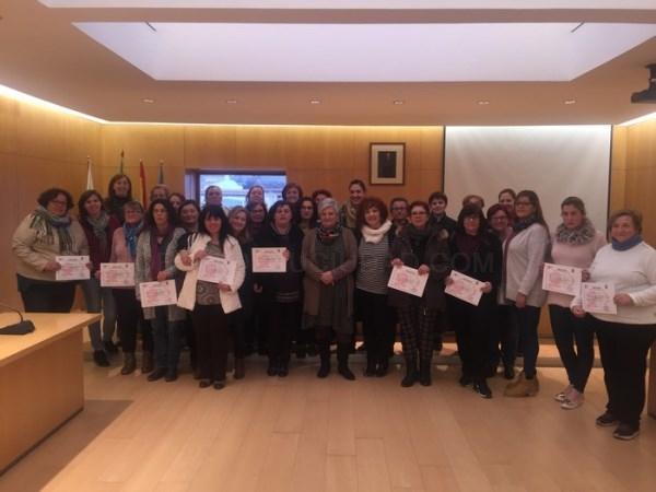 Medio centenar de mujeres de Órgiva se forman en Atención Higiénico-Sanitaria y Alimentaria