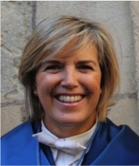 La profesora de la UGR Mercedes Feriche habla este viernes en Almuñécar sobre los terremotos