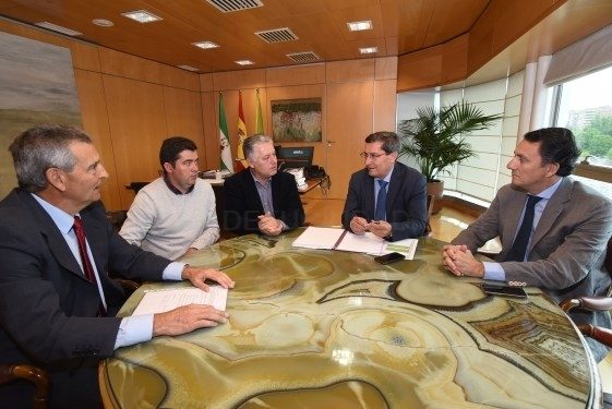 Diputación participa en la financiación de la candidatura de Escúzar al acelerador de partículas