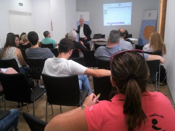 """Mañana se celebrará en Salobreña un curso de """"Gestion Profesional de las Redes Sociales."""
