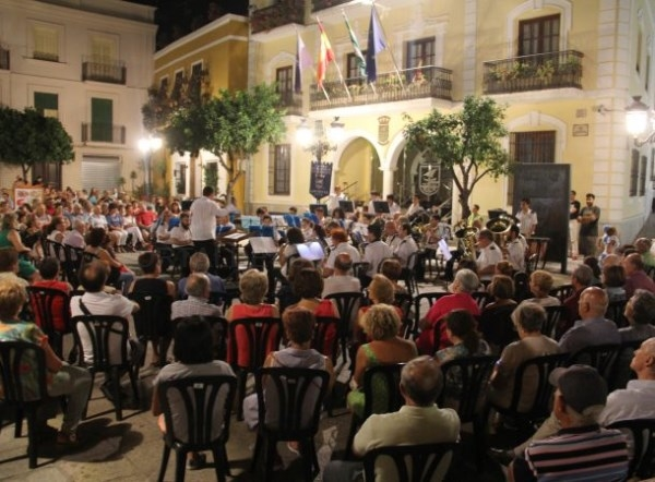 LA BANDA MUNICIPAL DE MúSICA DE ALMUñéCAR DARá ESTE SáBADO UN PASEO MUSICAL POR LAS PLAZAS SEXITANAS