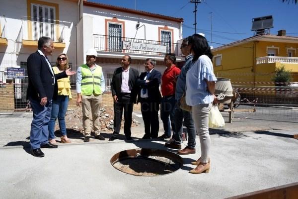 Diputación invierte casi 400.000 euros en la remodelación de la arteria principal de Otura
