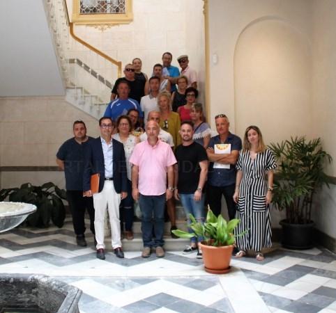 MANCOMUNIDAD ENTREGA   54.000 € A COLECTIVOS Y ASOCIACIONES DE LA COSTA TROPICAL PARA PATROCINAR SUS PROYECTOS.