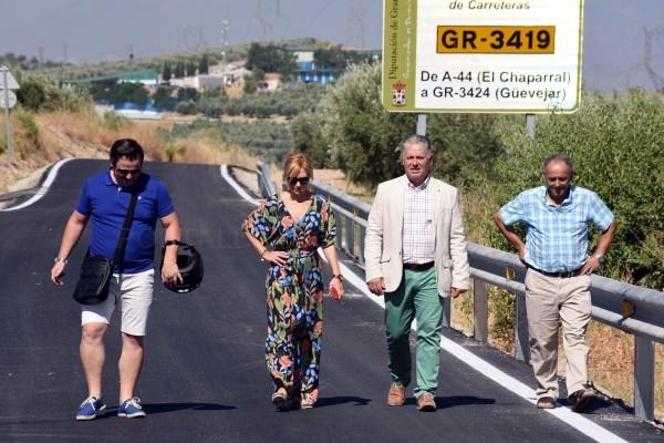 Diputación mejora el firme de la carretera entre Güevéjar y Calicasas