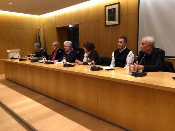 Órgiva homenajea al precursor del Aula Cervantina, Agustín Martín Zaragoza, con la presentación del libro Un Quijote de nuestro tiempo