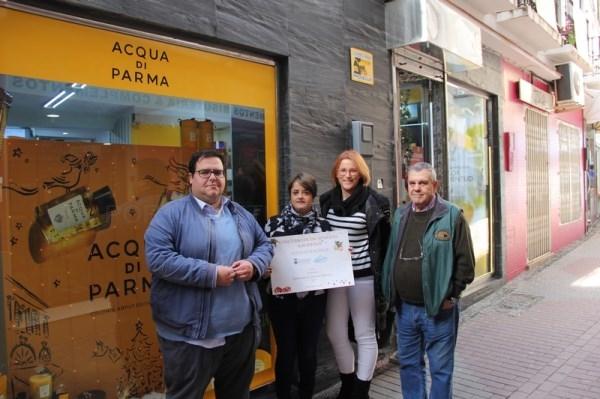 Entregan los premios del concurso de escaparates navideños de Almuñécar
