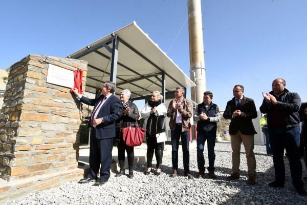 Diputación abre una planta de biogás que autoabastece la central de residuos de Alhendín y genera energía como para mantener el metro de Granada