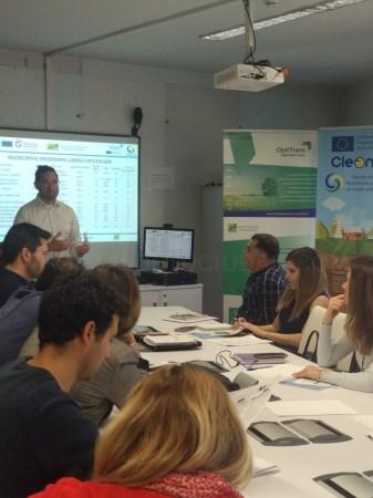 Diputación acoge una jornada sobre movilidad eléctrica en los municipios