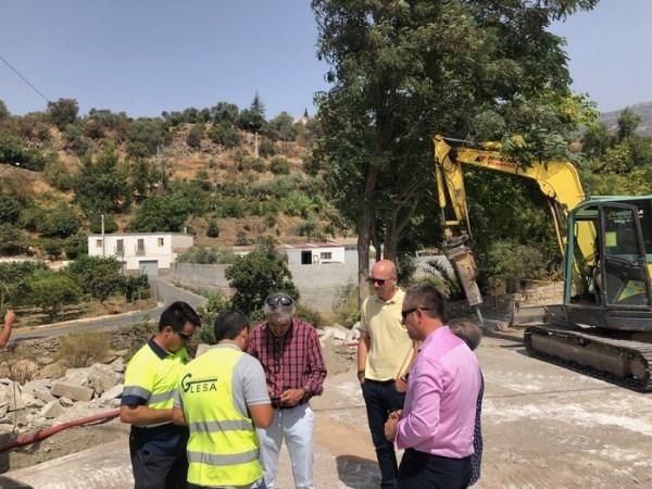 Arrancan las obras en el Puente de Río Chico en Órgiva
