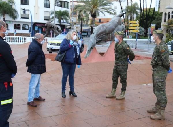 Una patrulla reconocimiento de la Legión visita Almuñécar y se suma a las tareas de control