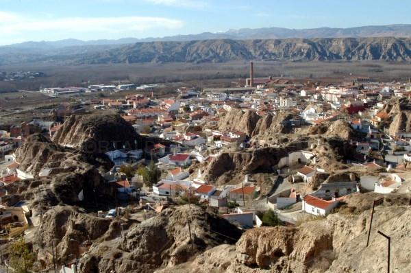 Diputación pone en marcha un plan de urgencia social dotado con un millón de euros para cubrir necesidades básicas durante la crisis
