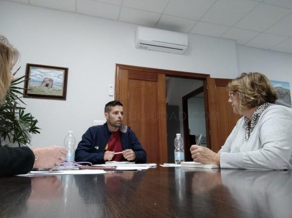 Carchuna-Calahonda refuerza la limpieza y desinfección de sus calles y la atención a personas mayores y dependientes