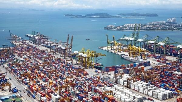 Las exportaciones andaluzas bajan un 14,8% entre enero y mayo, 2,4 puntos menos que la media de España