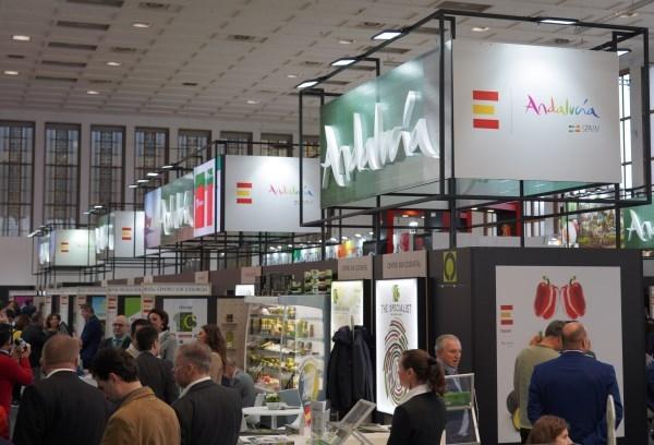 Andalucía alcanza de nuevo cifras récord en las exportaciones de frutas y hortalizas con 3.575 millones de euros y un alza del 6%