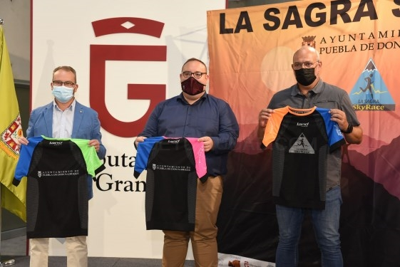 Vuelve La Sagra Skyrace, la carrera por montaña de Puebla de Don Fadrique, con escalada, senderismo y excursiones