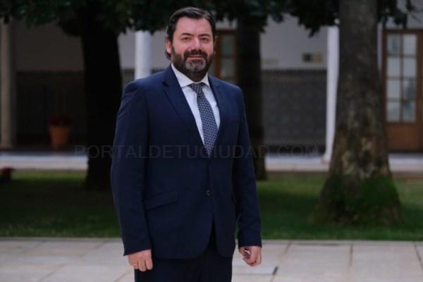 """López-Sidro: """"Sánchez, con la complicidad del PSOE de Granada, vuelve a condenar a la provincia al estancamiento de sus infraestructuras más necesaria"""