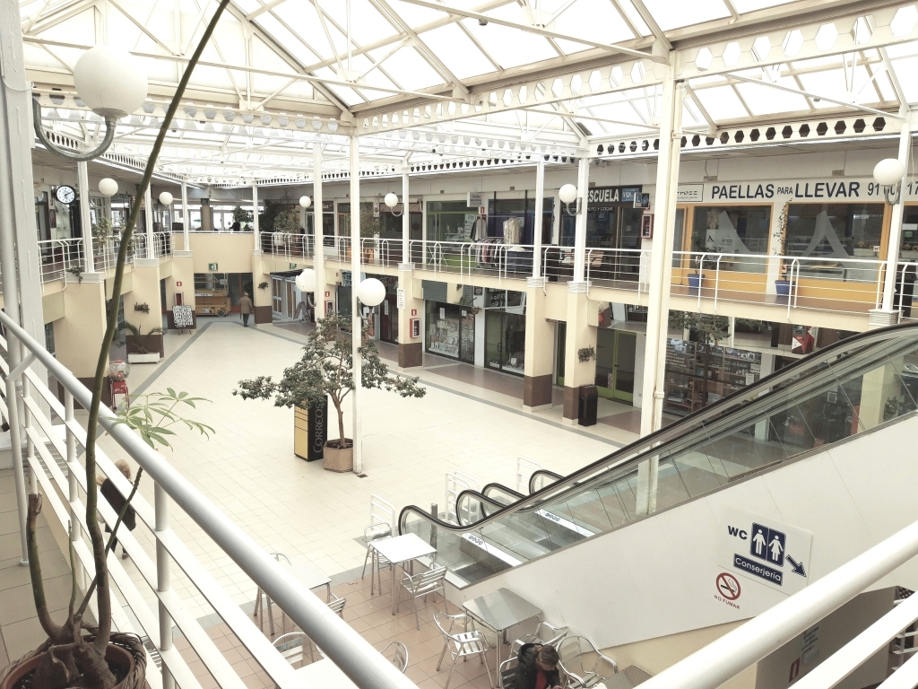 centros comerciales en Las Rozas, centro comercial en Monterrozas