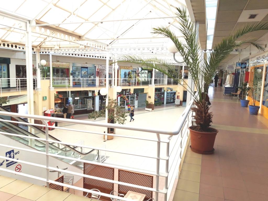 centros comerciales en Monterrozas, comercios en Las Matas, centro comercial la tortuga