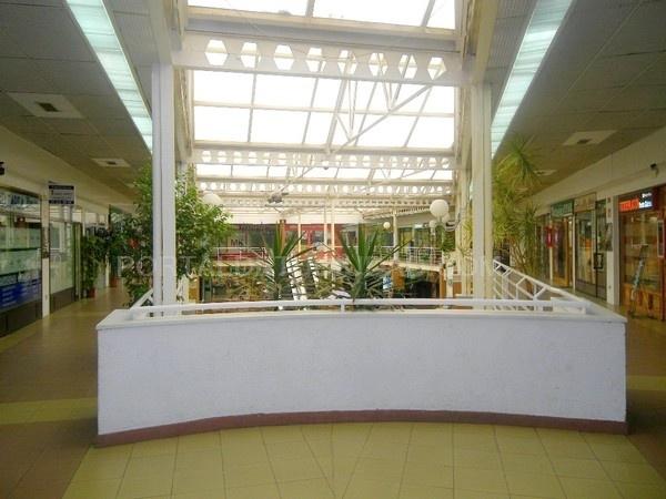Centros comerciales en Monterrozas