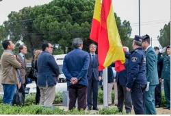 El Ayuntamiento coloca una bandera de España en la urbanización Las Lomas a petición de los vecinos - See more at: http://www.ayuntamientoboadilladelm
