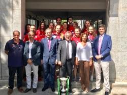 El Alcalde recibe al equipo femenino de Rugby Majadahonda, ganador de la Copa de la Reina
