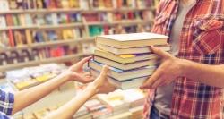 El programa de préstamo gratuito de libros ACCEDE impulsado por la Comunidad de Madrid cuenta con 1.438 centros educativos adheridos.