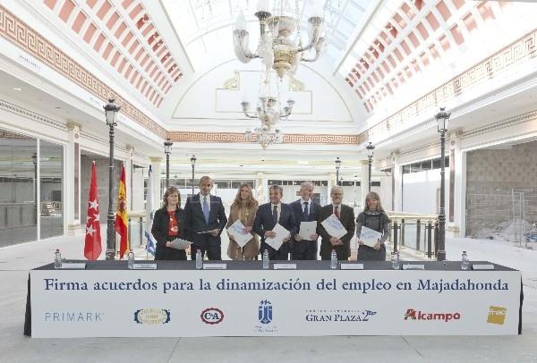 El ayuntamiento de majadahonda el c c gran plaza 2 y emblem ticas marcas firman un acuerdo - Gran plaza norte 2 majadahonda ...