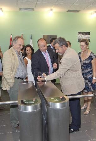 Inaugurado el polideportivo valle de la oliva noticias for Piscina municipal majadahonda