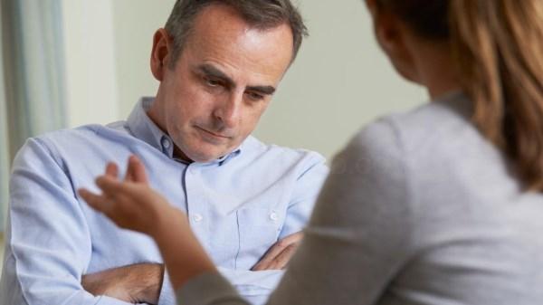 El Hospital 12 de Octubre utiliza estimulación magnética transcraneal para tratar la depresión.