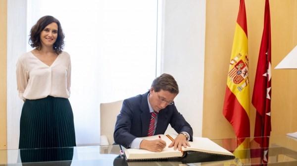 """Díaz Ayuso: """"Es fundamental la cooperación y la lealtad entre la Comunidad y el Ayuntamiento""""."""