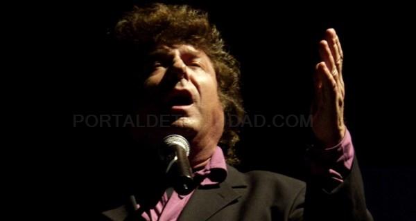 Dedicamos una exposición fotográfica a la figura del cantaor y compositor Enrique Morente