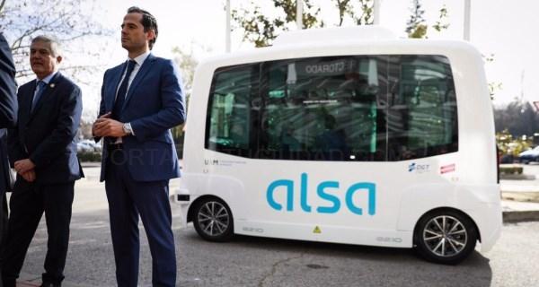Estrenamos el servicio de bus sin conductor para transporte universitario