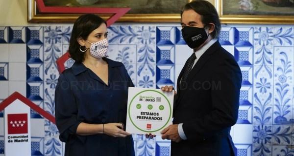Díaz Ayuso presenta Garantía Madrid que identificará a la hostelería con medidas antiCOVID-19