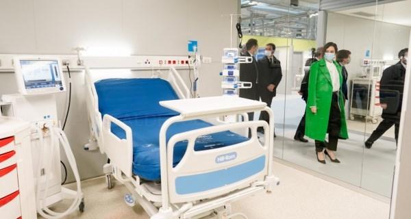 Díaz Ayuso inaugura el Hospital Enfermera Isabel Zenda