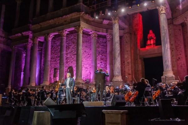 Plácido Domingo sigue recibiendo el fervor y el respeto del público español