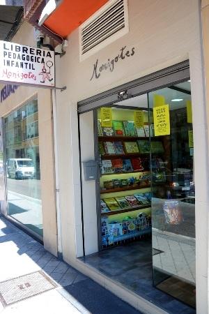 Librería pedagógica Monigotes